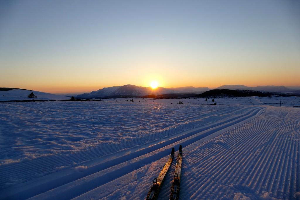 Lang lyse kvelder og skiføre. Her Golsfjellet hvor det ble kjørt løyper 26. mai