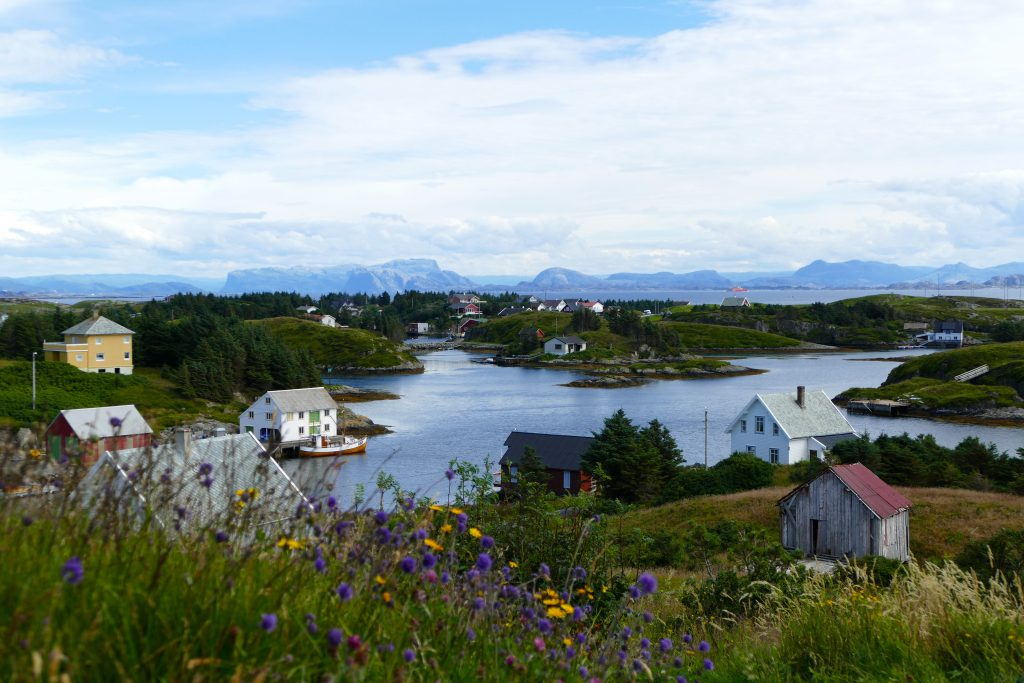 Værlandet henger sammen med Bulandet med broer